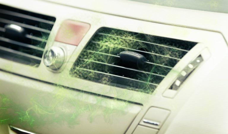 6 mùi hôi thường gặp trên xe hơi và cách loại bỏ chúng